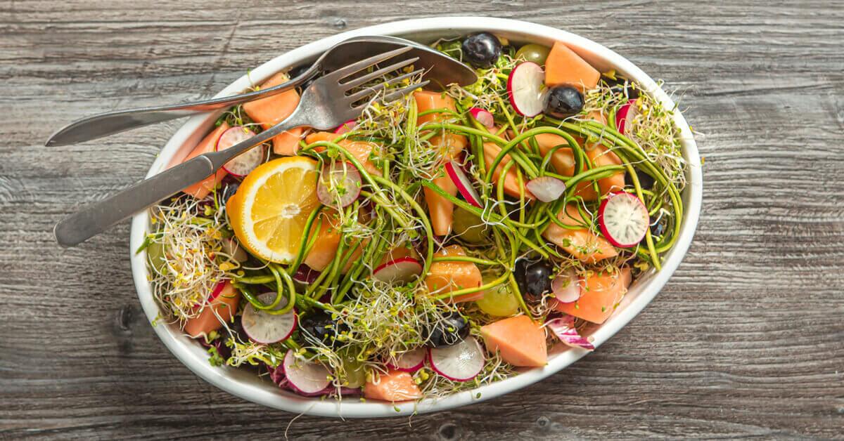 Silmusalaatti resepti - Hedelmäinen salaatti